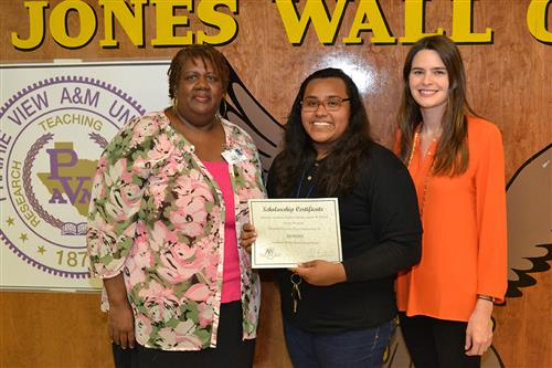 Abraham Watkins' Text Free Texas Scholarship Recipient2