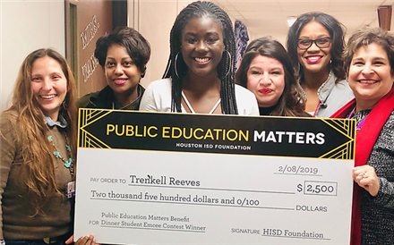 Northside HS senior wins student emcee contest