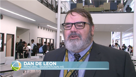 Sharpstown HS students and staff move to new campus
