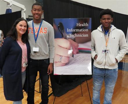 WHS Hosts BridgeYear Career Fair for Graduating Seniors